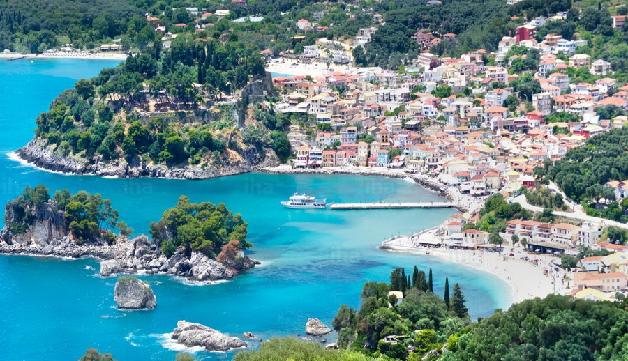 Parga-View-over-parga
